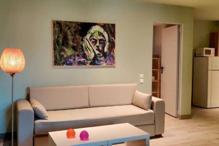 suite 202 (2)