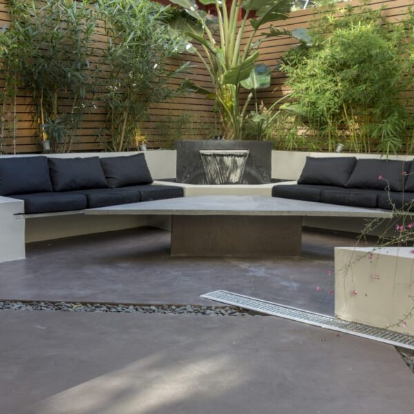 Garden Suite Outdoor living area in the morning