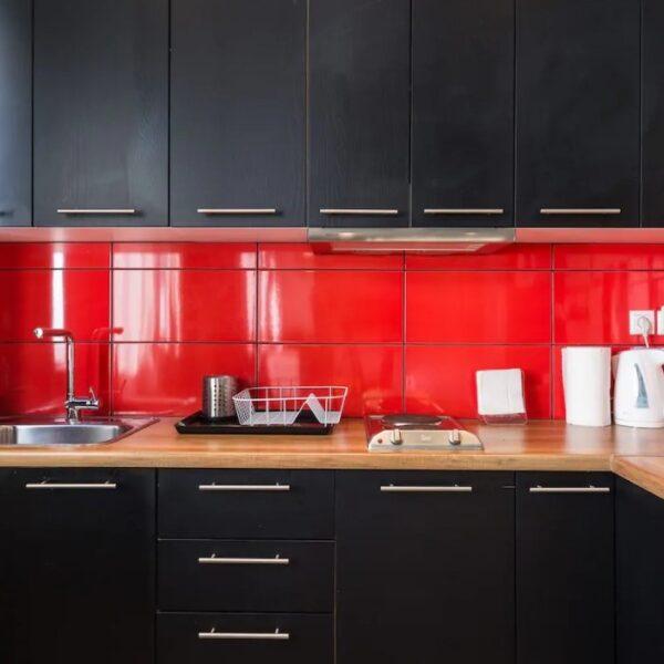 Suite 103 Kitchen