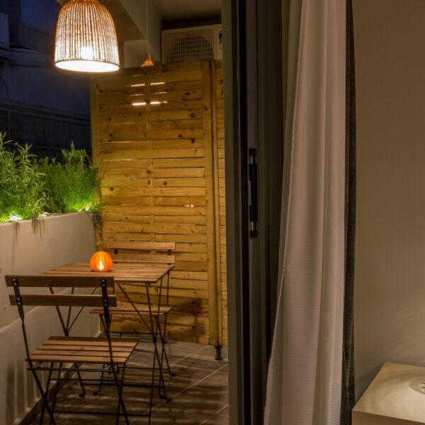 Suite 201 Balcony