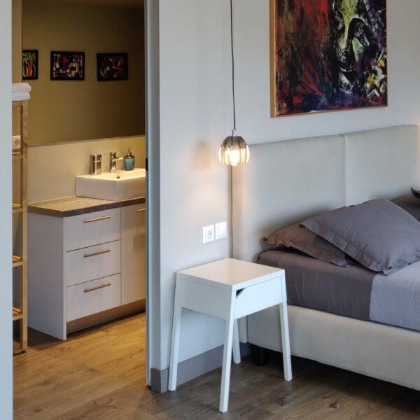 Suite 203 Room
